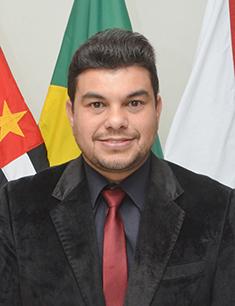 Rafael Tanzi de Araújo
