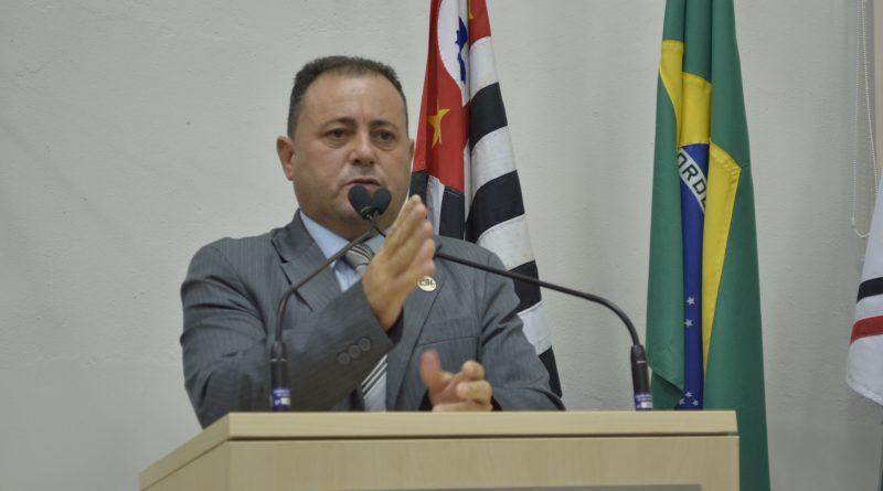 Maylasky Vereador Kalunga cobra novamente implantação de Administração Distrital