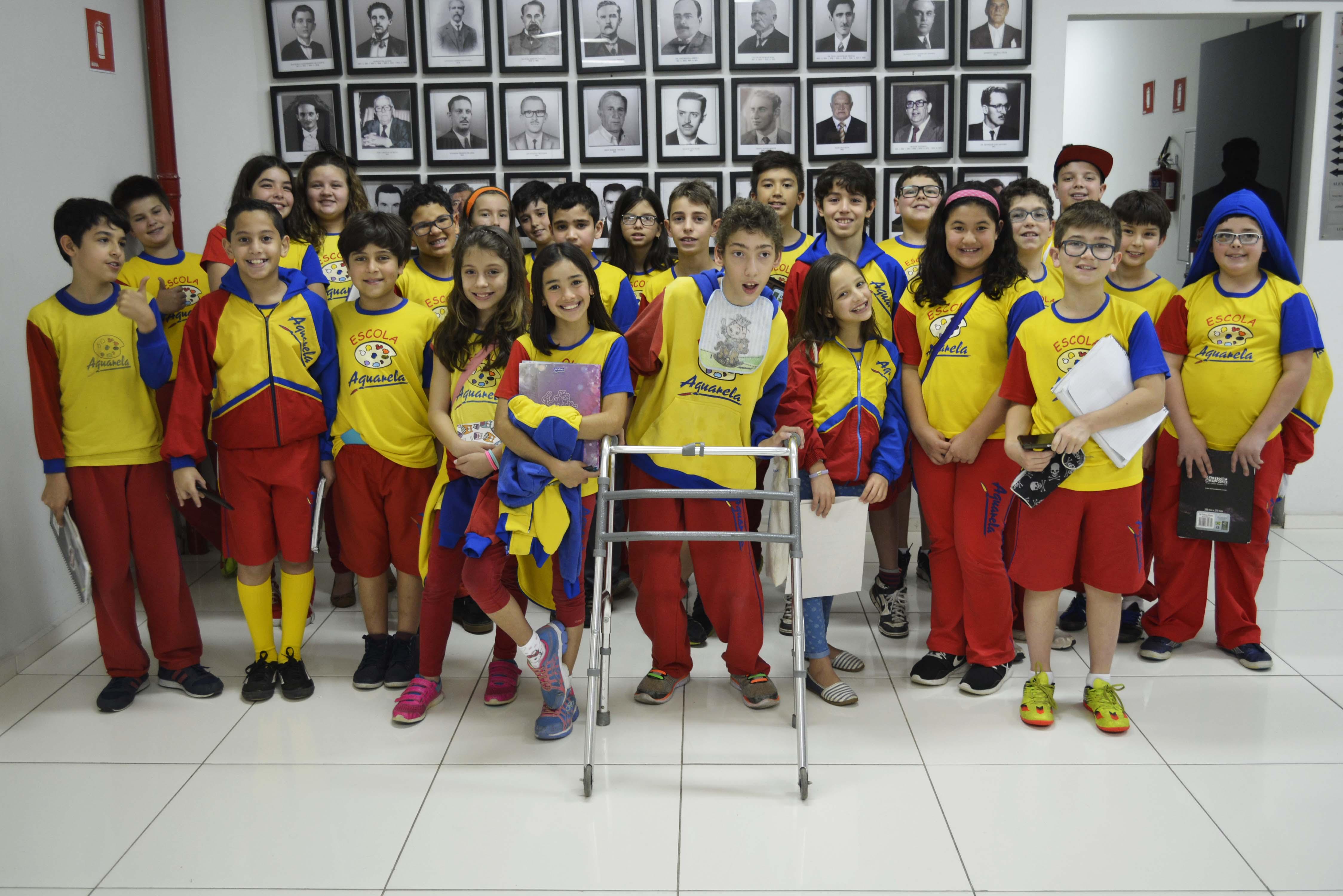 Câmara Municpal recebe grupo de alunos