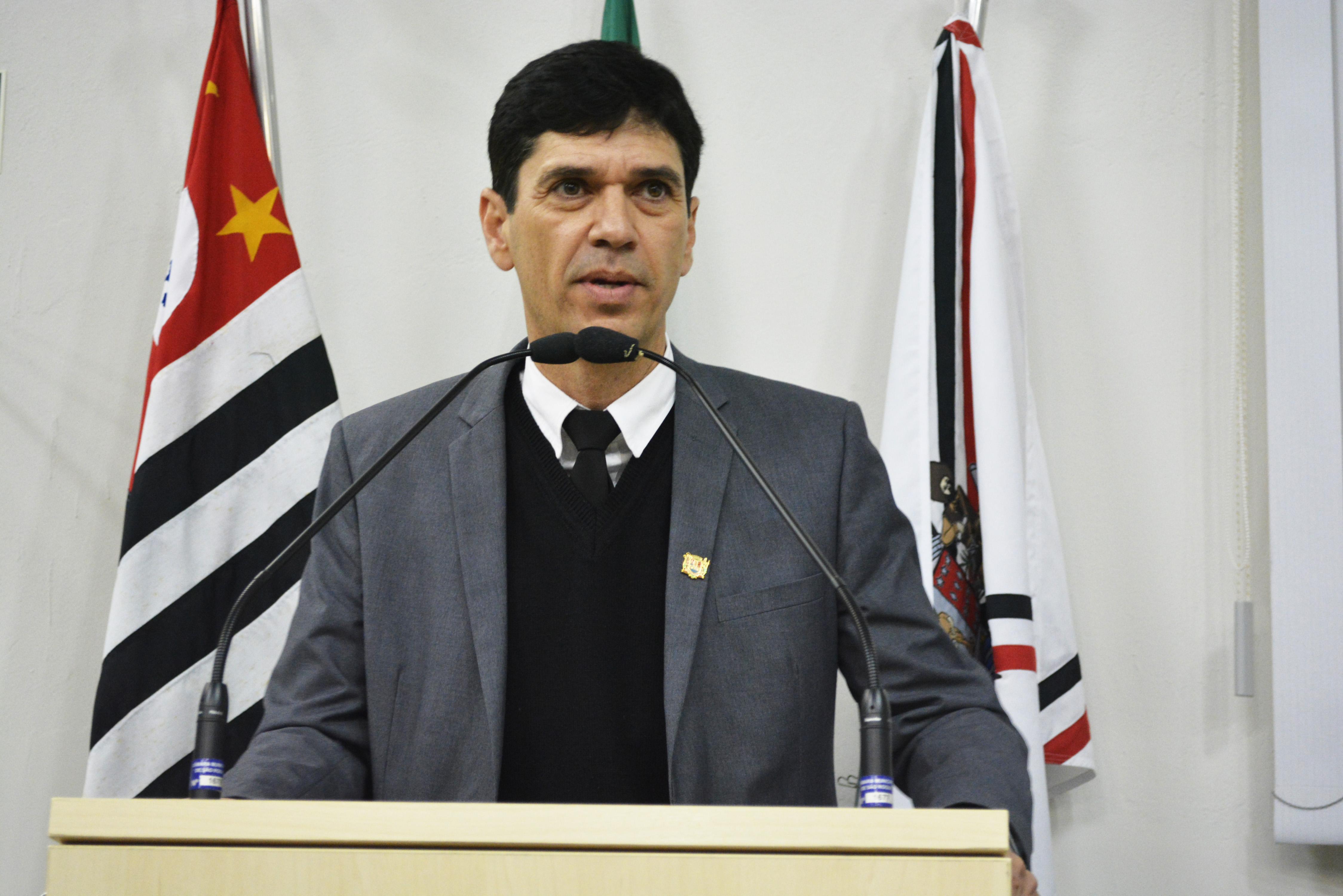 guto-issa-faz-representacao-no-mp-contra-viacao-sao-roque-e-prefeitura