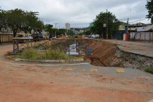 Comissão Permanente de Obras e Serviços da Câmara fiscaliza reconstrução da Marginal