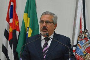 Vereador Julio Mariano comenta sobre o orçamento do município