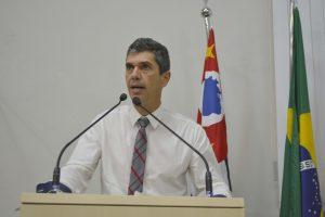 Números da economia do município são alarmantes, segundo Guto Issa