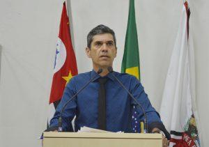 Guto Issa pede fiscalização contra transporte clandestino no município