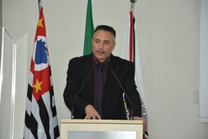 Vereador Rafael Marreiro acompanha serviços de zeladoria em São João Novo