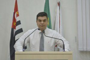 Vereador Rafael Tanzi propõe Projeto de Lei que obriga distritos a terem máquinas e equipes do Departamento de Obras