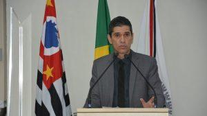 Após denúncia de Guto Issa Prefeitura retira Projeto de Lei que autorizava venda de terrenos públicos abaixo do valor de mercado