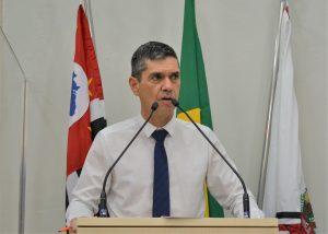 Guto Issa pede campanha de direção segura para preservar vida de motociclistas