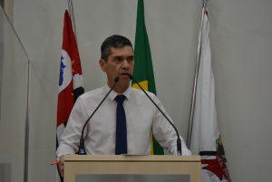 Vereador Guto Issa solicita ao Prefeito para que reavalie valores do IPTU e altere Legislação