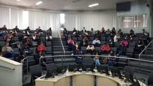 Processo seletivo para contratação de estagiários é realizado na Câmara Municipal