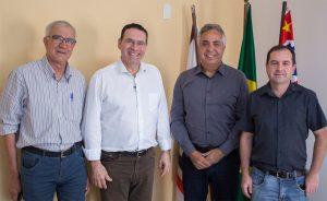 Vereadores Alexandre Pierroni e Etelvino conquistam Emenda Parlamentar de R$2.2 milhões para utilização no sistema municipal de saúde