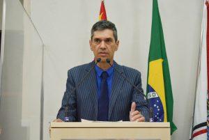 Emendas de Guto Issa à Lei Orçamentária Anual preveem asfaltamento de rua e a compra de medicamentos para a saúde mental infantil