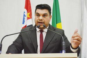 Vereador Rafael Tanzi cobra Sabesp por falta de coleta de esgoto em Maylasky e São João Novo