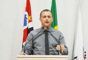 Ruas de São Roque recebem CEP após solicitação do vereador Cabo Jean