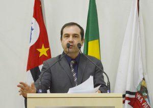 Vereador Alexandre Pierroni acompanha mais obras de melhorias no bairro Santo Antônio e região