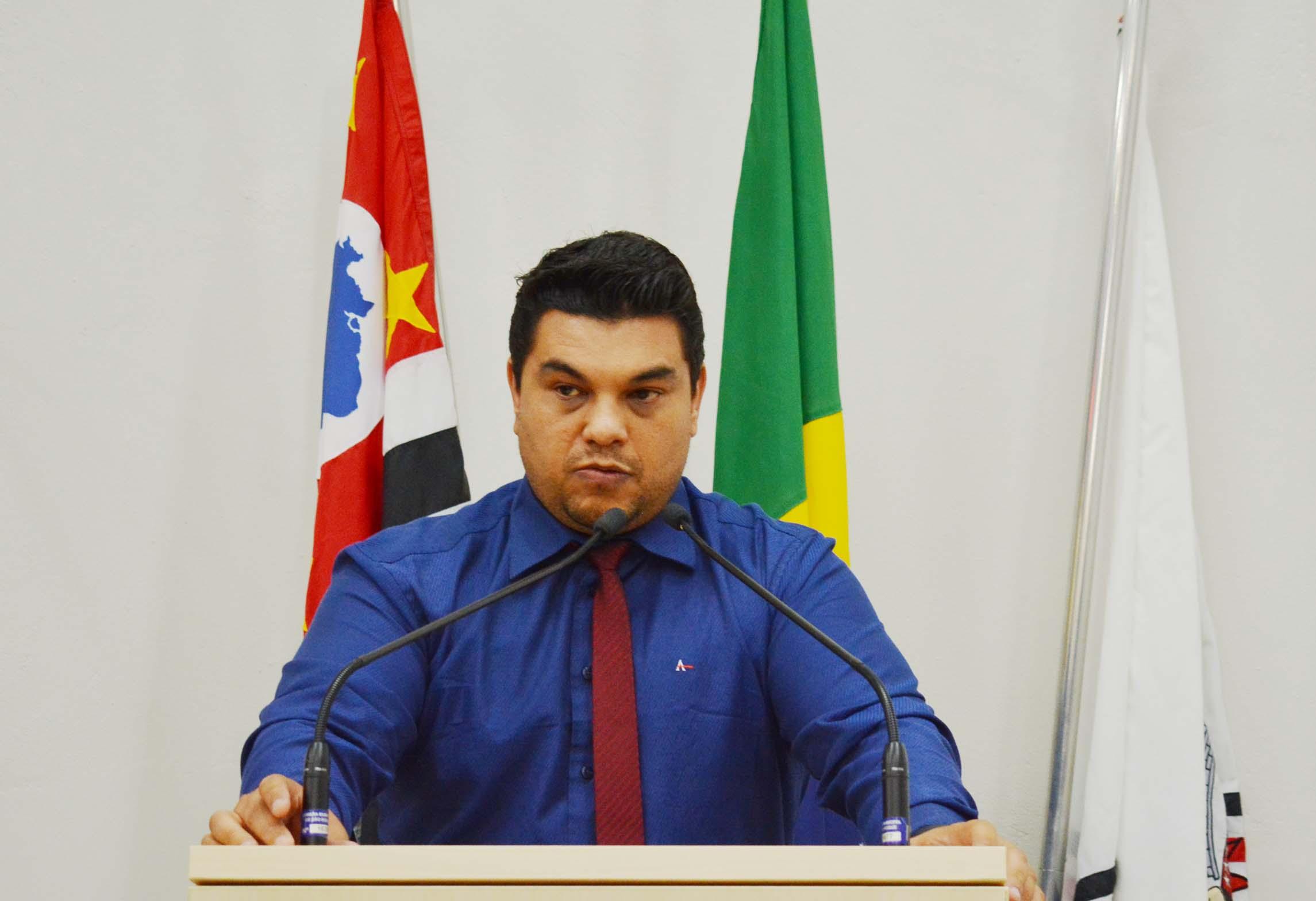 Vereador Rafael Tanzi protocola na Câmara Projeto de Lei para criação do Programa Desenvolve São Roque