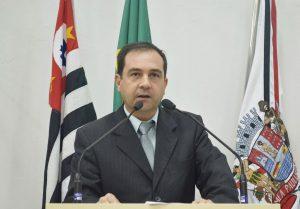 Vereador Alexandre Pierroni soma conquistas em tempos adversos