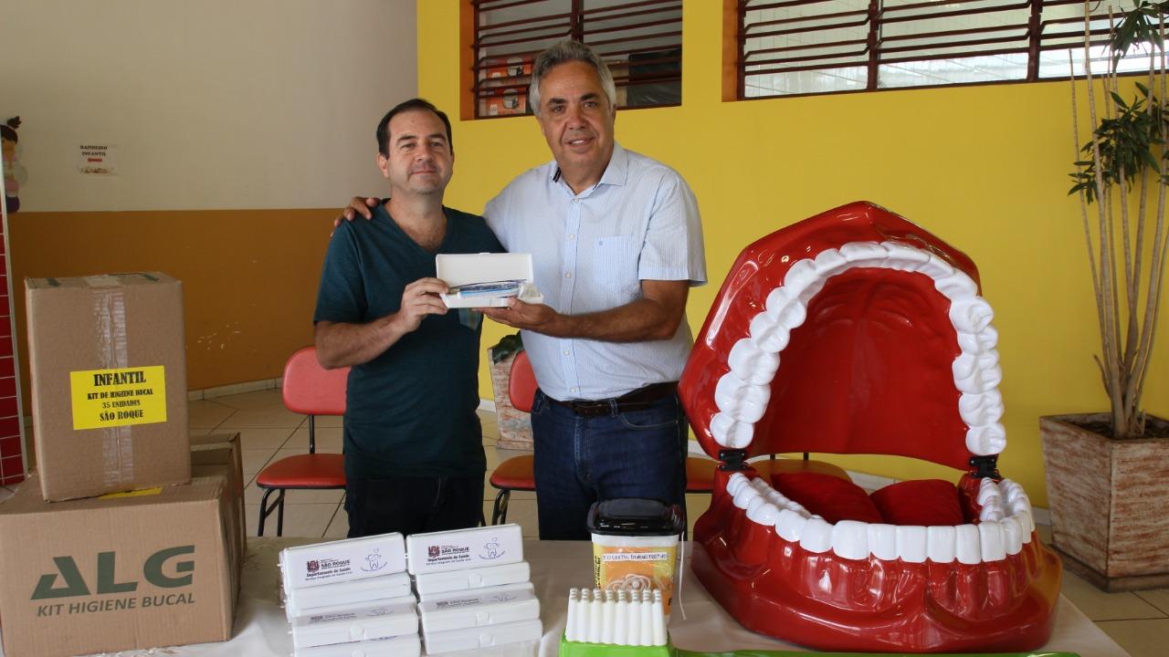 Emenda impositiva do Vereador Alexandre Pierroni garante entrega de kits de higiene bucal básica