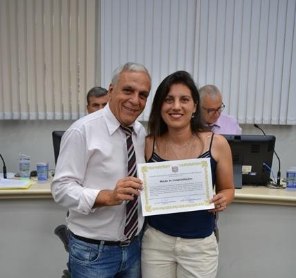 Árbitra da Federação Paulista de Futebol é homenageada pelo Vereador Alfredo Estrada