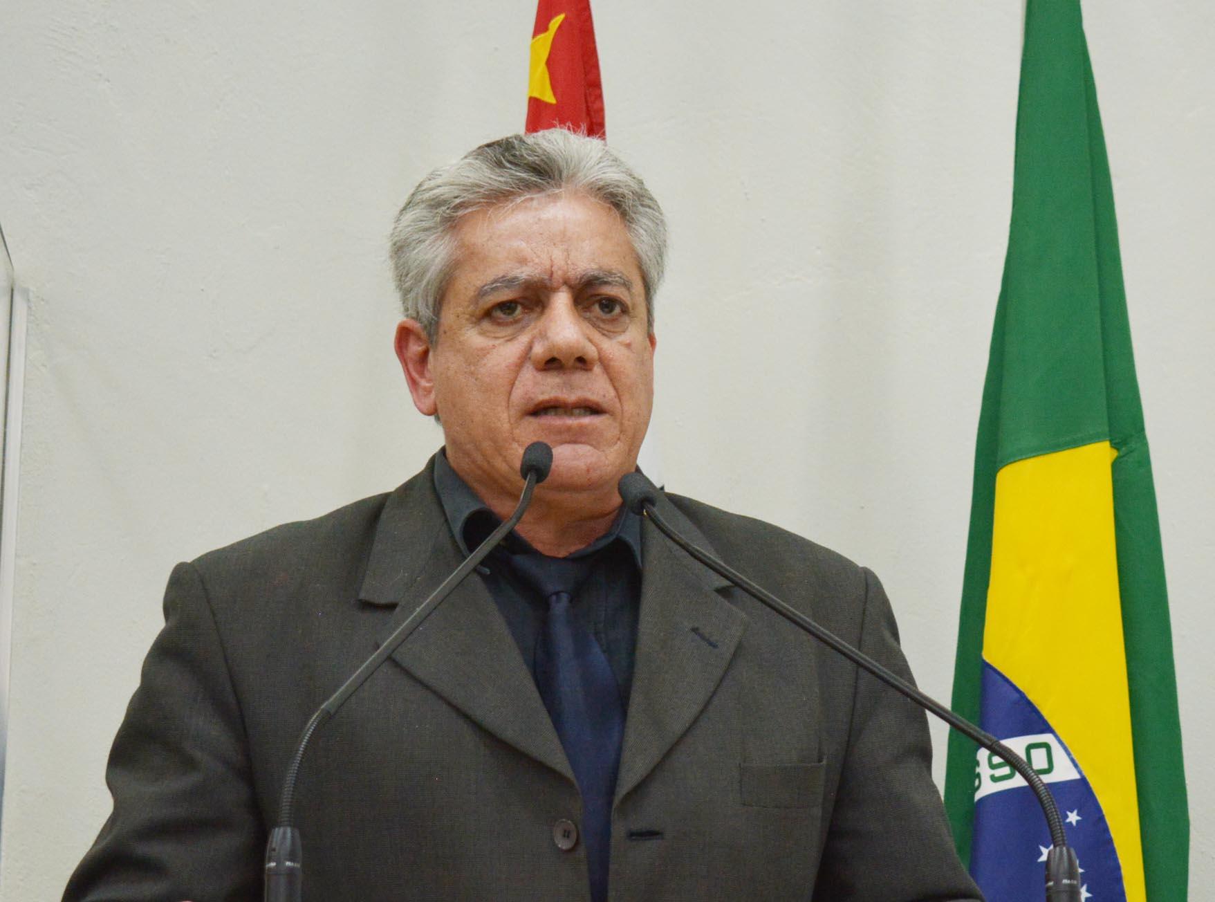 Vereador José Luiz pede mais prazo para retirada de cestas do Programa Alimento Solidário