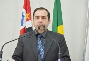 Vereador Alexandre Pierroni solicita que Prefeitura adote medidas de acolhimento aos alunos da rede municipal