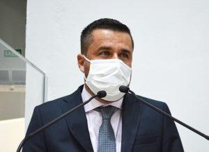 Vereador Thiago Nunes solicita criação de áreas esportivas