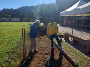 Vereador Thiago Nunes acompanha obras de drenagem no Estádio Quintinão