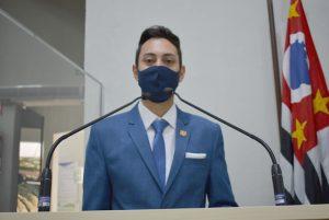 Vereador William sugere ao Poder Executivo a criação do Bom Prato Municipal