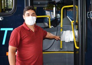 Dispenser de álcool em gel nos ônibus do transporte público é conquista do vereador Diego Costa